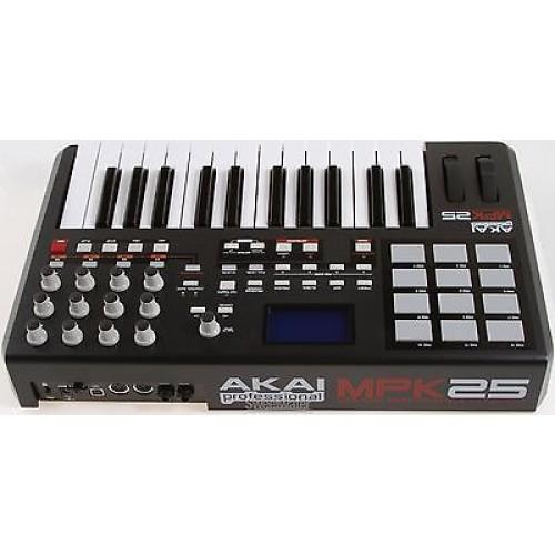 AKAI MPK25 25-key, portable keyboard controller with 12 MPC pads